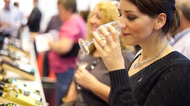 """XXXV Concurso """"Os Melhores Vinhos da Bairrada – Colheita 2014"""""""